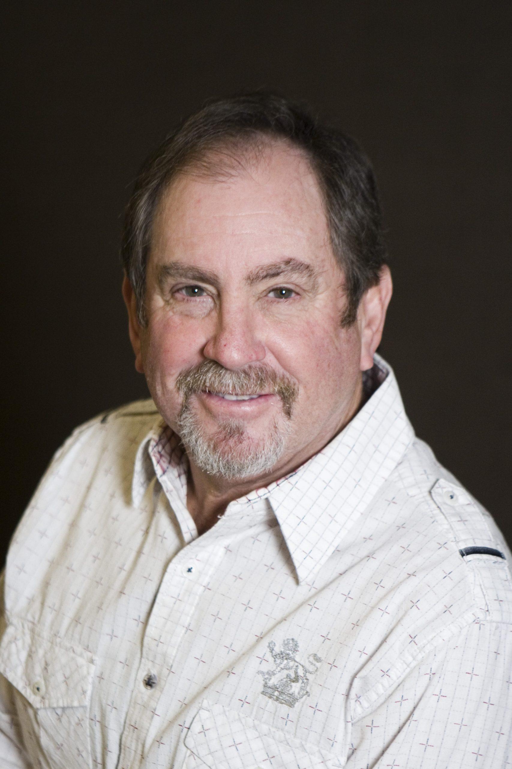 Michael Cumsky