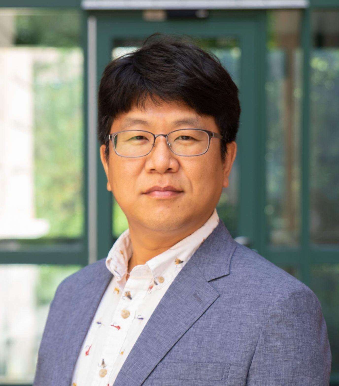 Dae Seok Eom