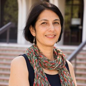 Headshots of Professor Kavita Arora, PhD.