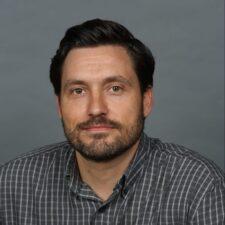Headshot of Sean Ostlund PhD